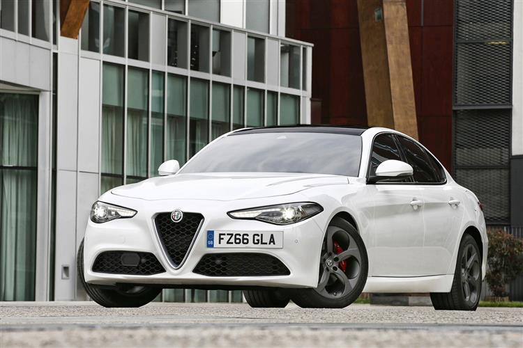 Alfa Romeo Giulia 2.2 Turbo Diesel 180 Tecnica 4dr Auto image 8