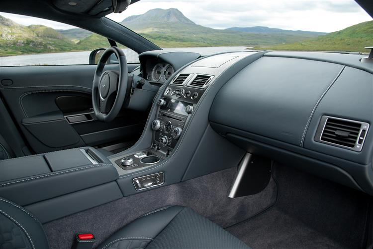 Aston Martin RAPIDE S V12 Touchtronic image 11