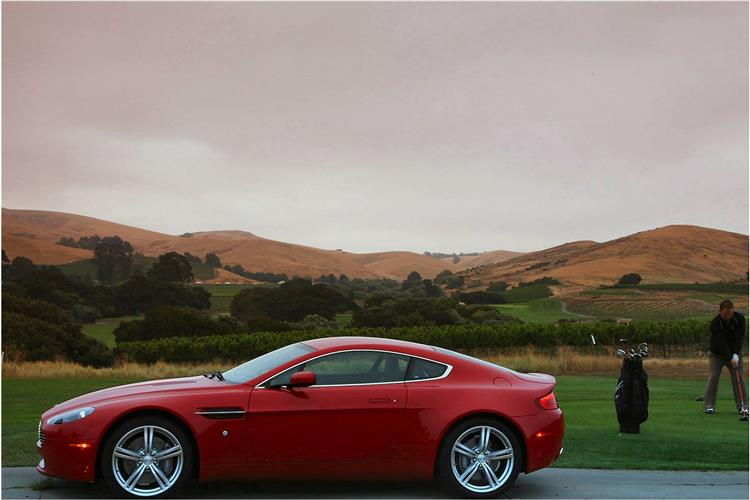 Aston Martin V8 Vantage S Coupe Manual image 2 thumbnail