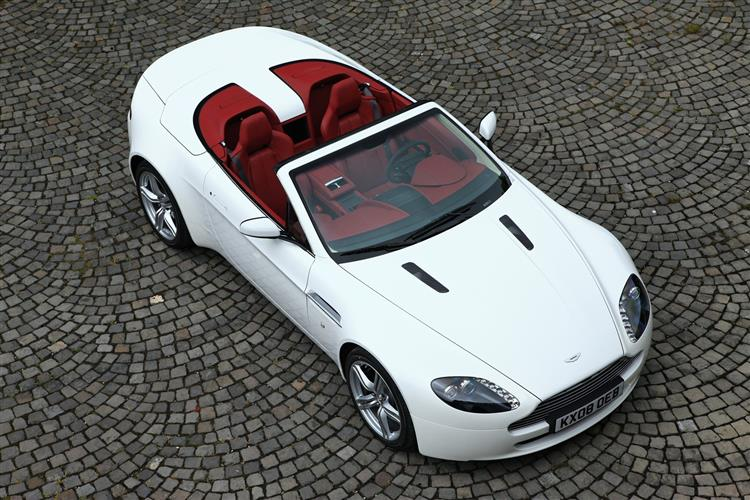 Aston Martin V12 Vantage S Roadster  image 7