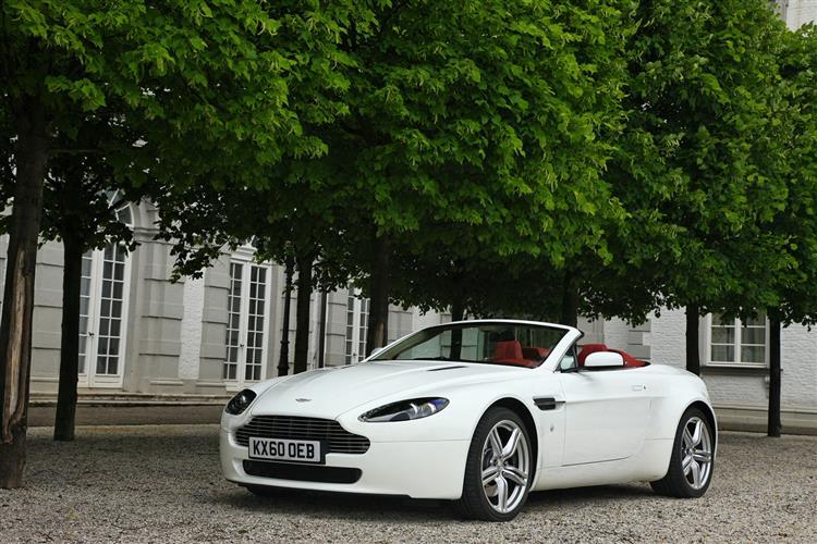 Aston Martin V12 Vantage S Roadster  image 8