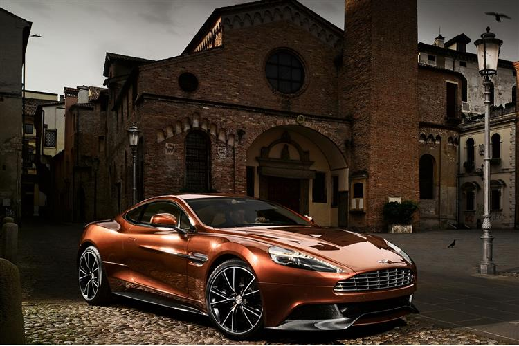 Aston Martin Vanquish Coupe Touchtronic image 2