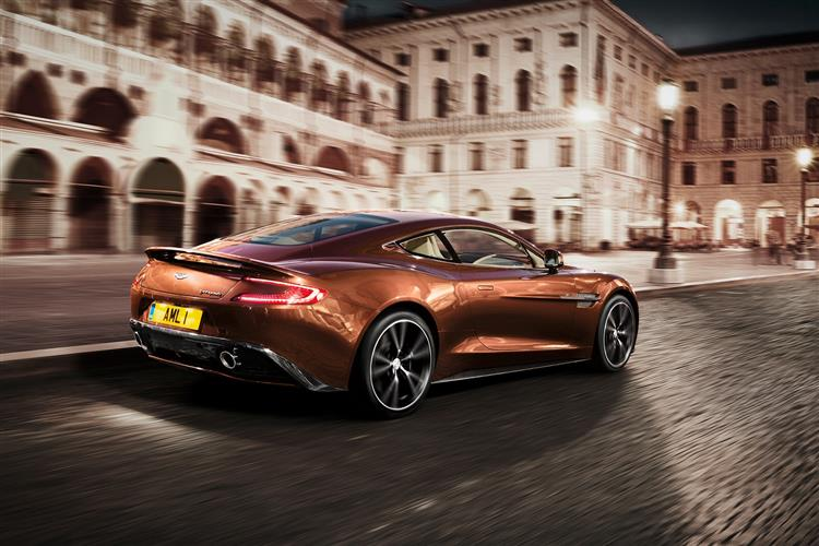 Aston Martin Vanquish Coupe Touchtronic image 3