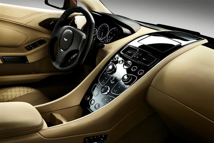 Aston Martin Vanquish Coupe Touchtronic image 8