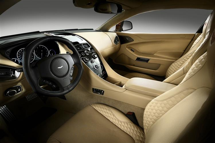 Aston Martin Vanquish Coupe Touchtronic image 9
