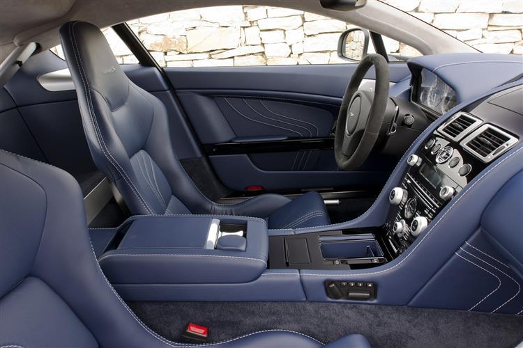 Aston Martin V12 Vantage S Coupe  image 12