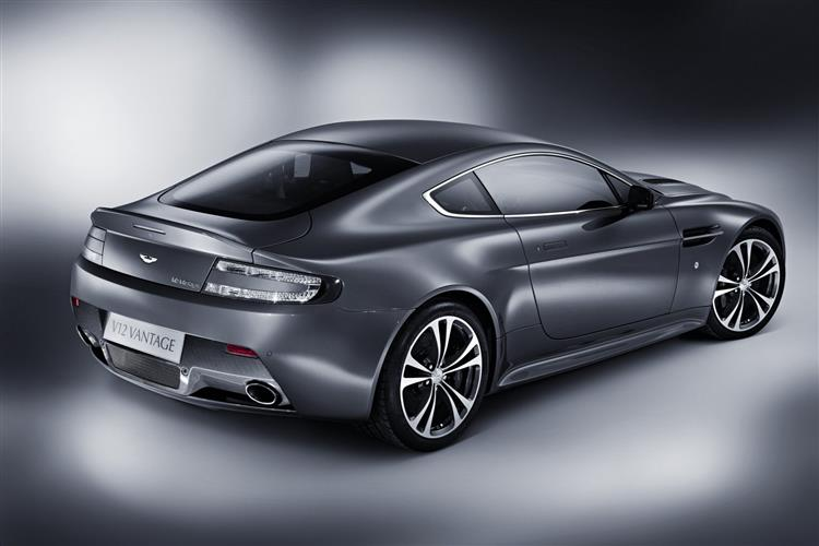 Aston Martin V8 Vantage S Coupe Manual image 6