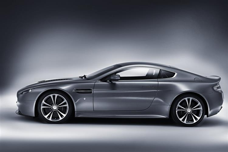 Aston Martin V8 Vantage S Coupe Manual image 7