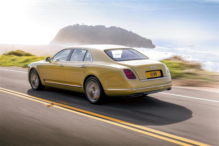 Bentley Mulsanne Extended Wheelbase - The most luxurious car in the range image 7