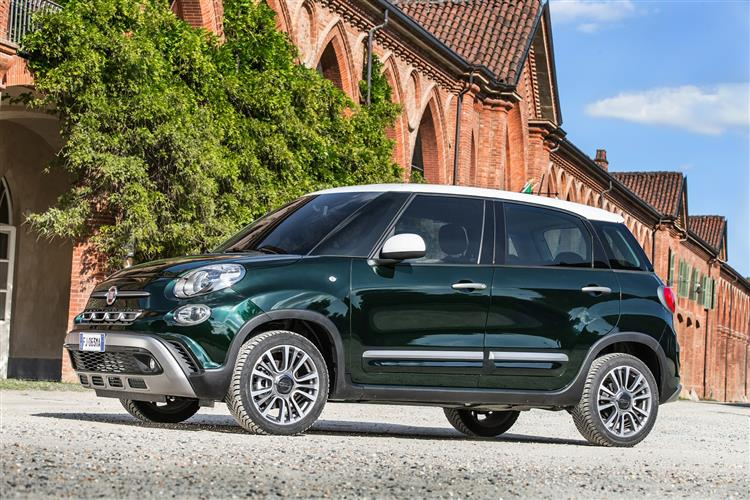 Fiat 500L 1.4 Lounge *Motorparks Offer* image 6 thumbnail