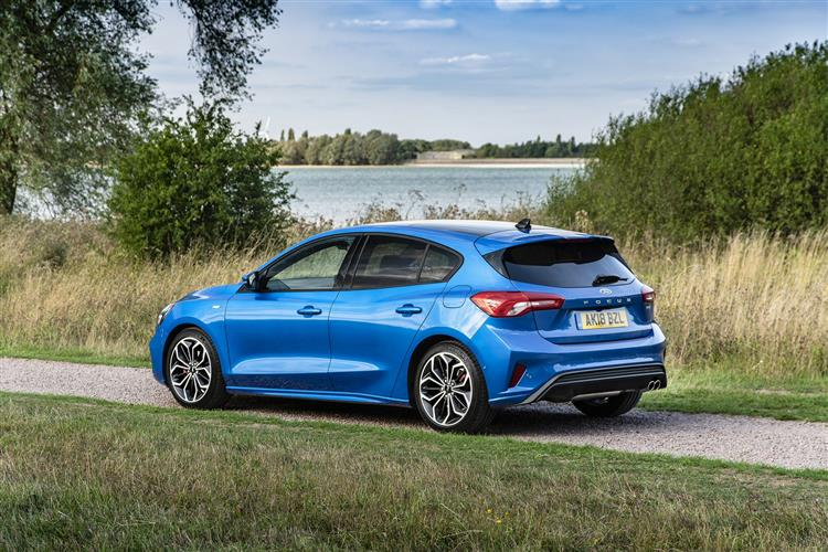 Ford All-New Focus Zetec 1.0 EcoBoost 100PS 5dr image 2
