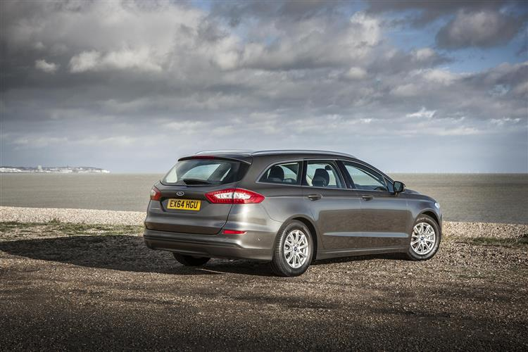 Ford Mondeo Estate Titanium Edition HYBRID Electric Vehicle 2.0 TiVCT HYBRID Electric V image 2 thumbnail