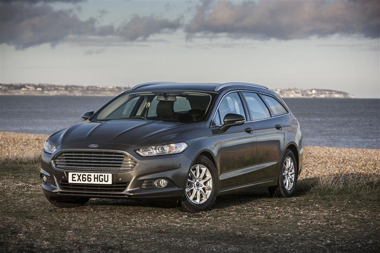 Ford Mondeo Estate Titanium Edition HYBRID Electric Vehicle 2.0 TiVCT HYBRID Electric V image 9 thumbnail