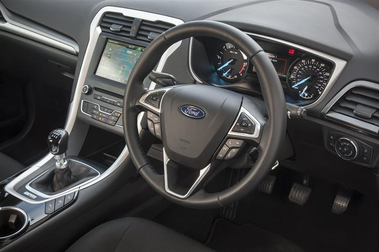 Ford Mondeo Titanium Edition 2.0 Tdci 150 S6.2 D image 14