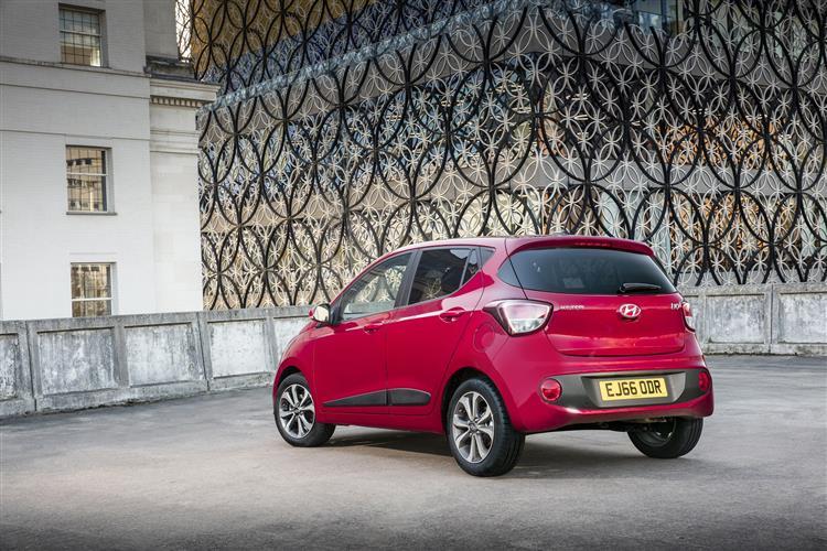 Hyundai i10 Premium 1.2 5dr Hatchback (2016) image