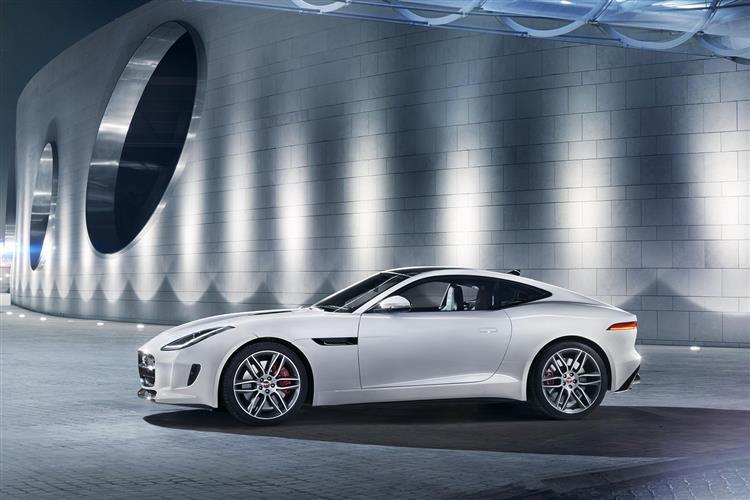 Jaguar F-TYPE Coupe R image 4