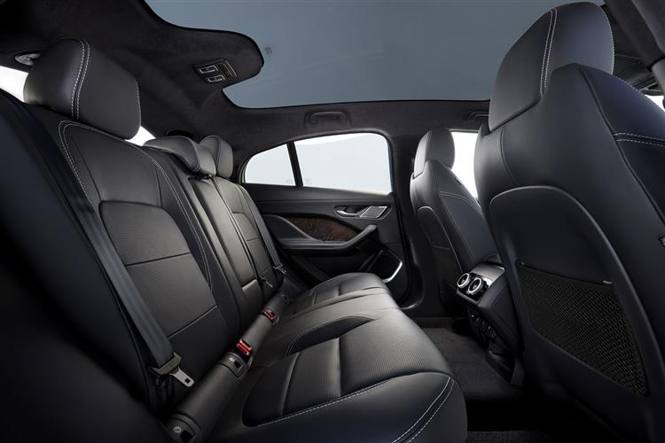 Jaguar I-PACE 90kWh EV400 SE 3,500 TOTAL DEPOSIT CONTRIBUTION image 7