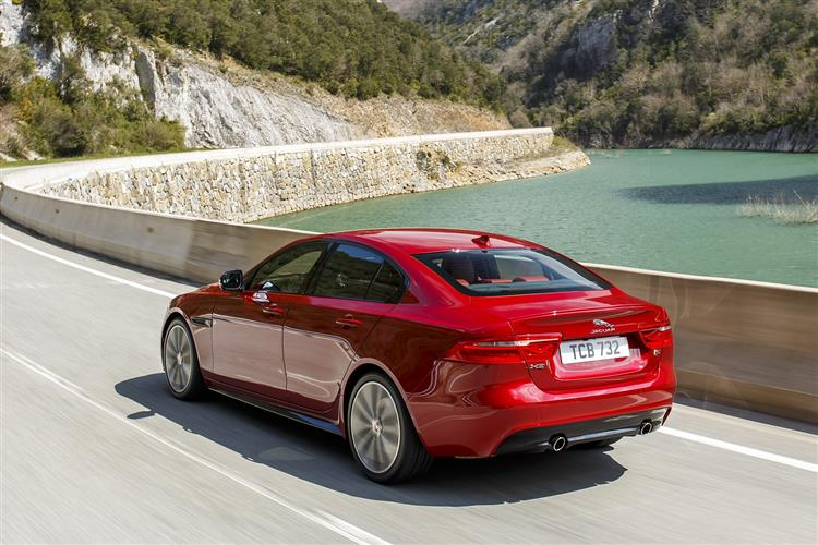 Jaguar XE - Just £300 p/m with £1,000 deposit contribution* image 2