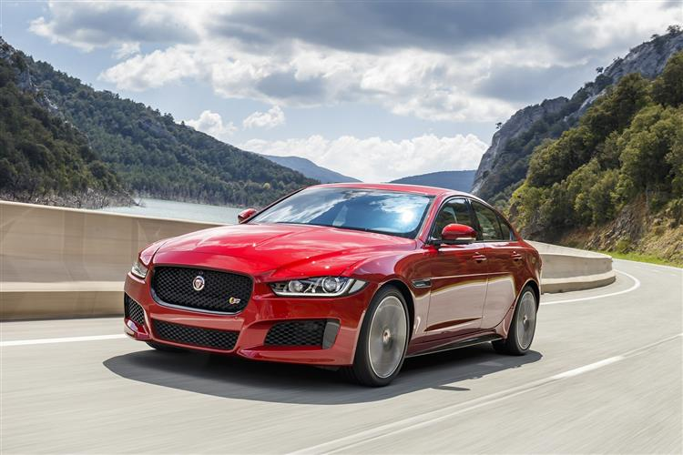 Jaguar XE - Just £300 p/m with £1,000 deposit contribution* image 3