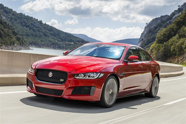 Jaguar XE Saloon 2.0d 163PS Prestige Manual image 3 thumbnail