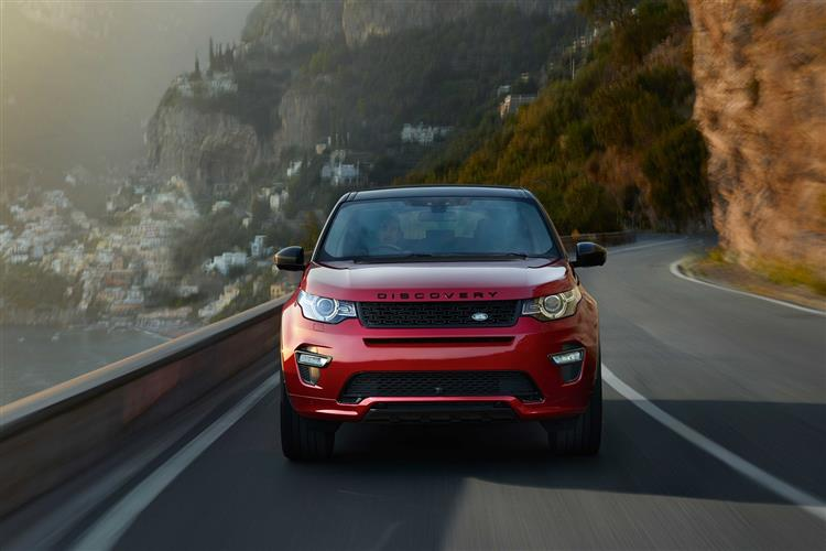 Land Rover Discovery Sport 2.0 TD4 180 SE Manual image 3