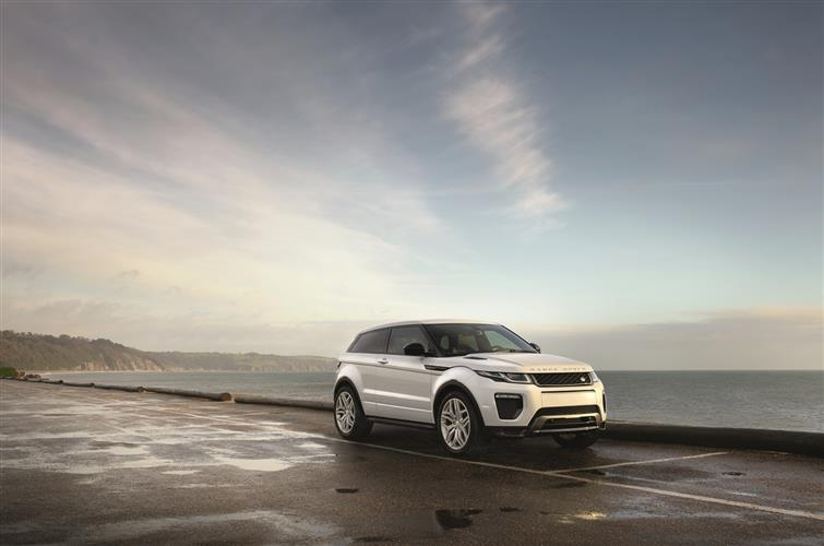 Land Rover Range Rover Evoque 2.0 TD4 SE Tech Auto from £399 per month* image 1 thumbnail