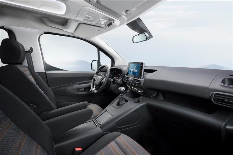 Vauxhall Combo Life Design 1.2 Turbo Start/Stop  image 5