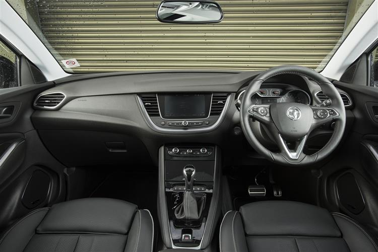 Vauxhall Grandland X 1.2T SE 130ps [Start/Stop] 5dr image 17