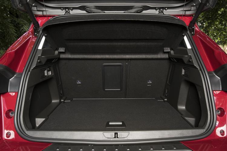 Vauxhall Grandland X 1.2T Tech Line NAV 130ps [Start/Stop] 5dr image 16
