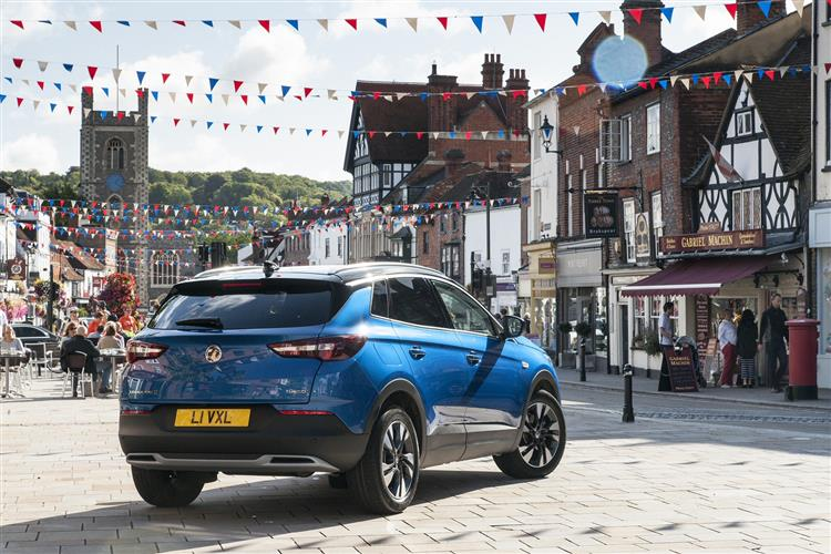 Vauxhall GRANDLAND X 1.2T SE 5 door Hatchback at Warrington Motors Fiat, Peugeot and Vauxhall thumbnail image