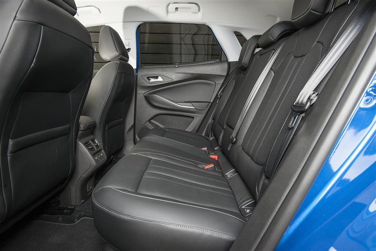 Vauxhall Grandland X 1.2T Tech Line NAV 130ps [Start/Stop] 5dr image 5