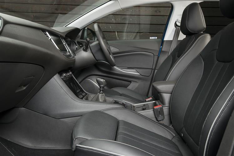 Vauxhall Grandland X 1.2T Tech Line NAV 130ps [Start/Stop] 5dr image 7