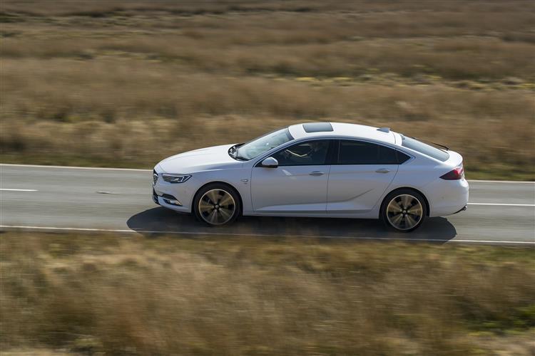 Vauxhall Insignia SRI 1.6CDTi 136PS Start/Stop image 4