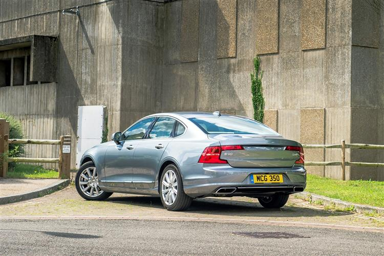 Volvo S90 D4 Momentum Including Metallic Paint image 1