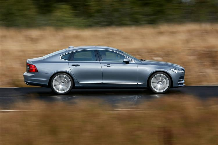 Volvo S90 D4 Momentum Including Metallic Paint image 3