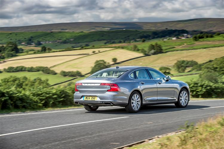 Volvo S90 D4 Momentum Including Metallic Paint image 4