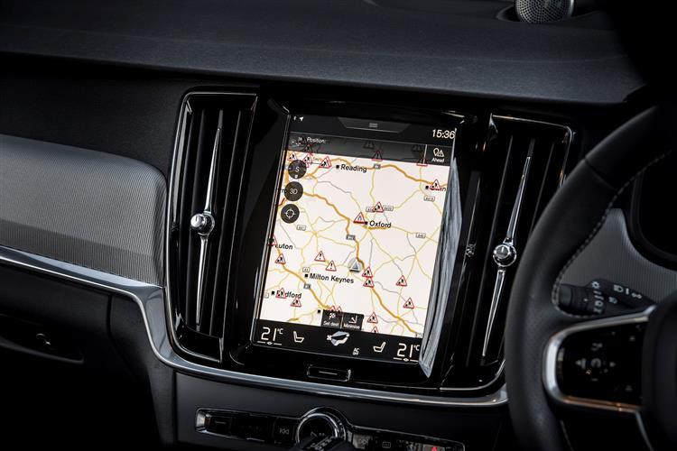 Volvo S90 T5 R Design Pro Auto image 10