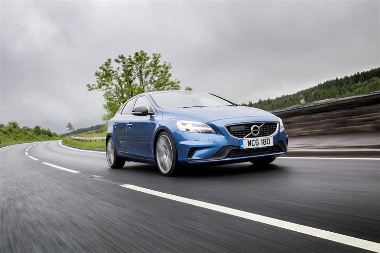 Volvo V40 T2 R-Design image 10
