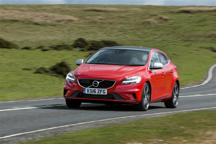 Volvo V40 T2 R-Design with low cost finance available image 5