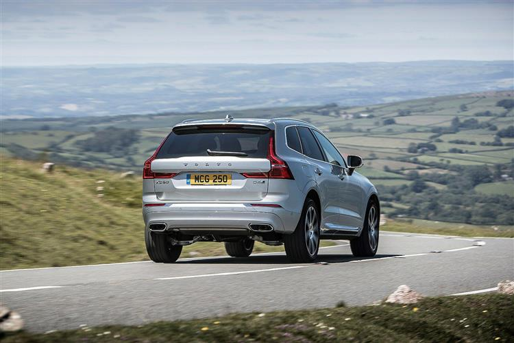 Volvo XC60 D5 PowerPulse AWD R-Design Automatic image 5 thumbnail