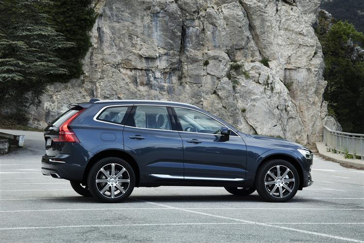 Volvo XC60 D4 Momentum Including Metallic Paint image 2