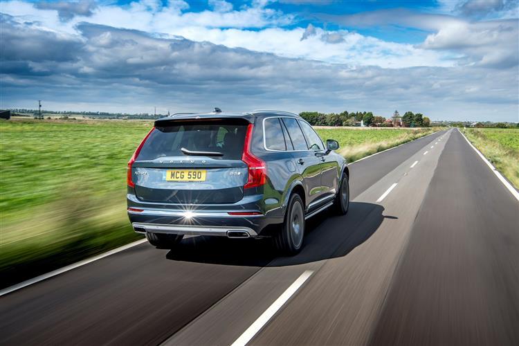 Volvo XC90 T5 AWD Momentum Metallic image 5