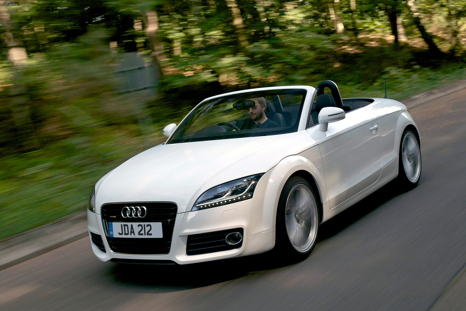 Image three of a Audi TT Black Edition