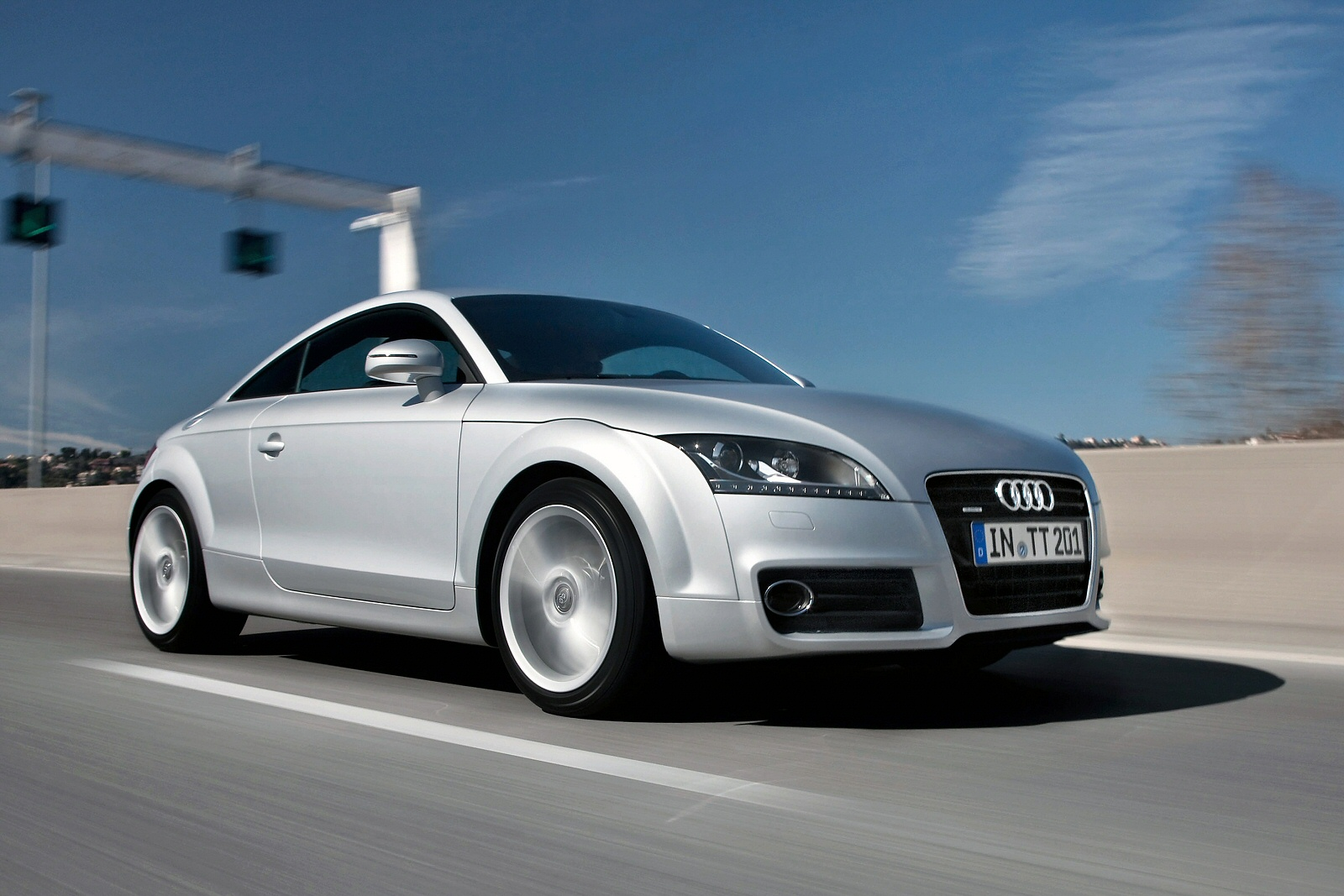 Image two of a Audi TT Coupe