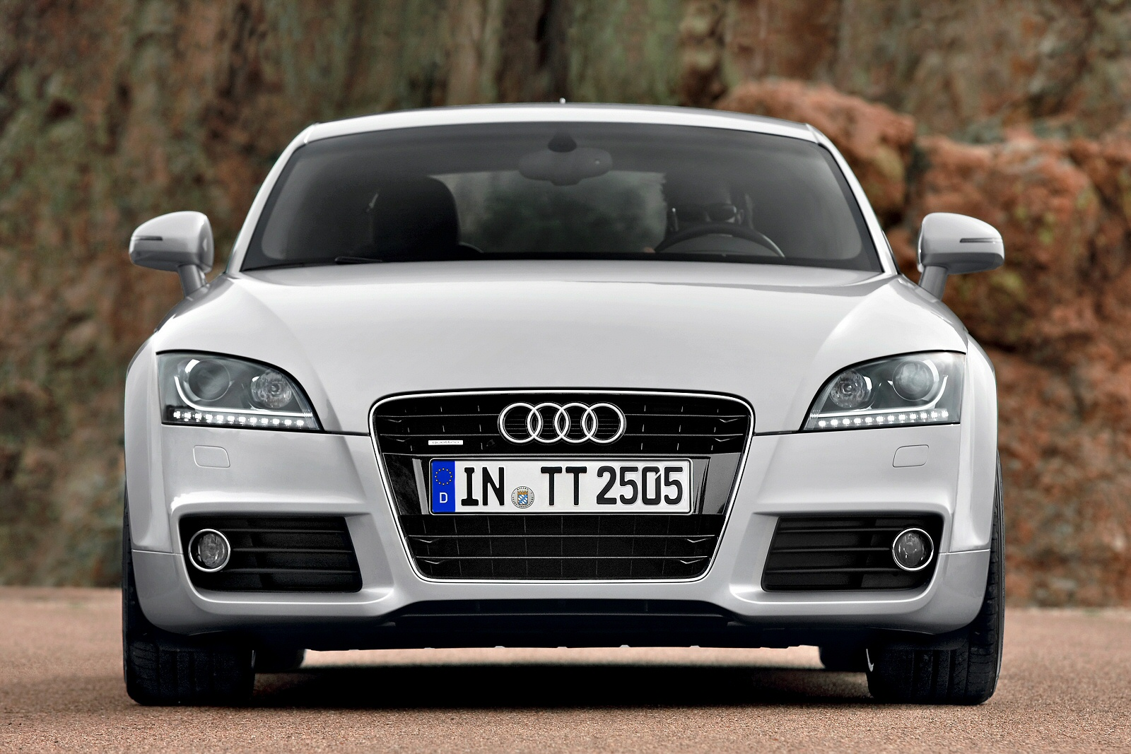 Image four of a Audi TT Coupe