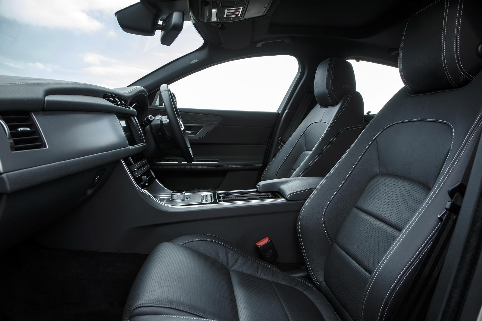 Vehicle Leasing | JAGUAR XF 2.0d [180] R-Sport 4dr Auto AWD - Jet ...