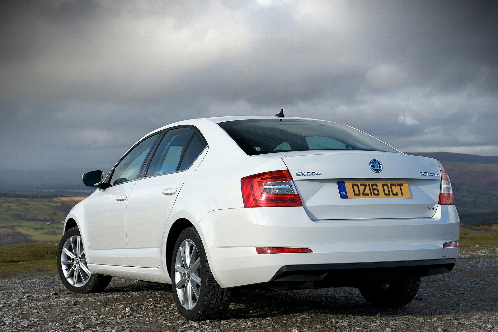 Image two of a Skoda Octavia