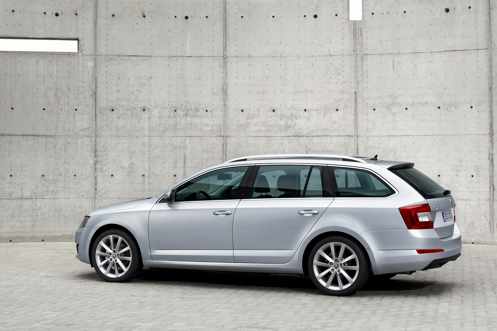 Image three of a Skoda Octavia Estate
