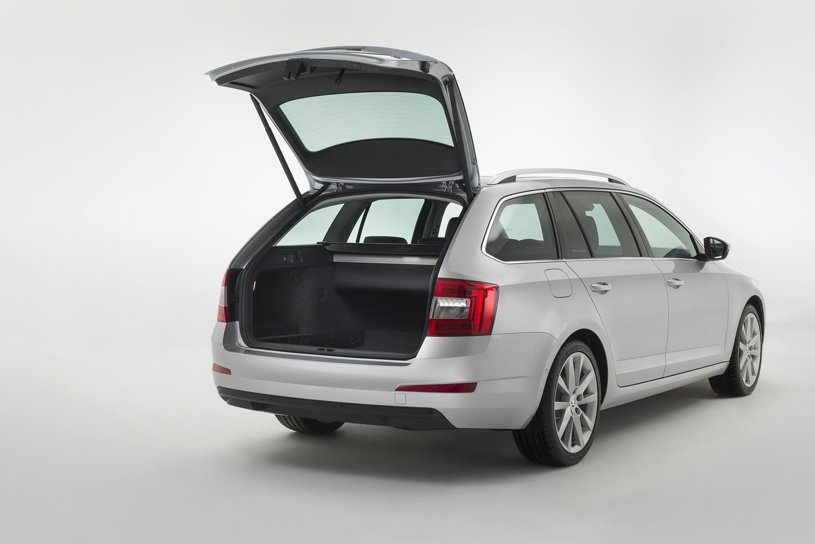 Image seven of a Skoda Octavia Estate
