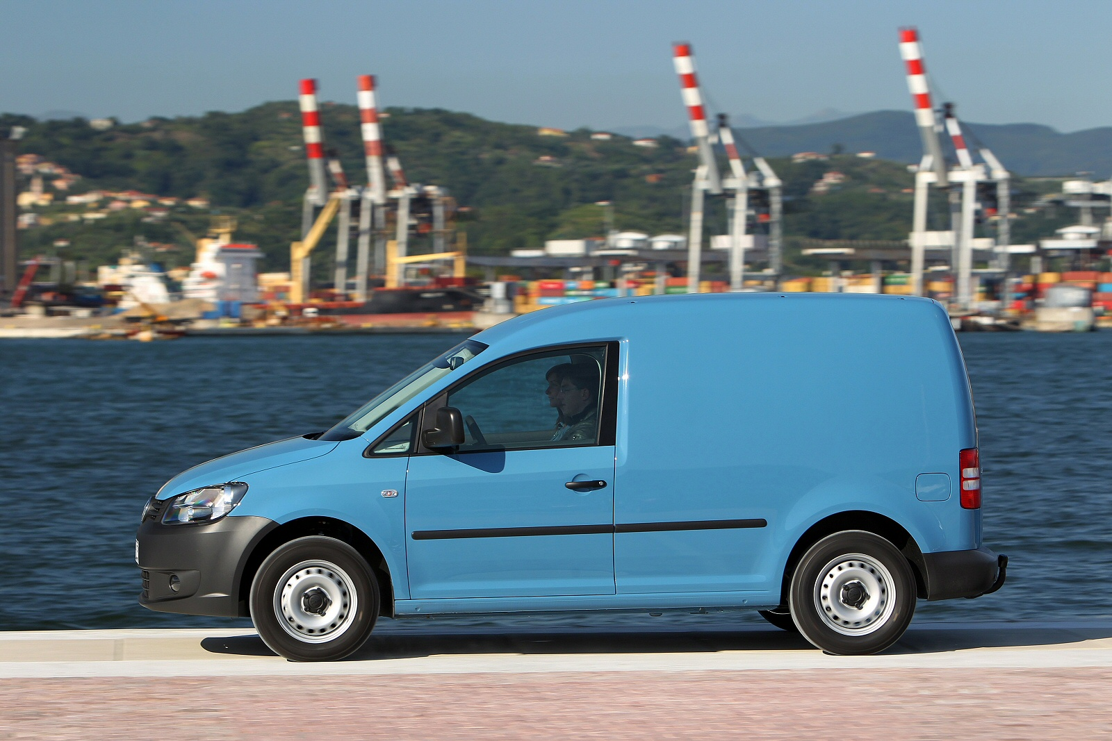 Image two of a Volkswagen Caddy Maxi Van